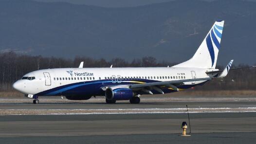 俄罗斯飞三亚载173人飞机成功迫降 驾驶舱挡风玻璃破裂是什么原因造成?