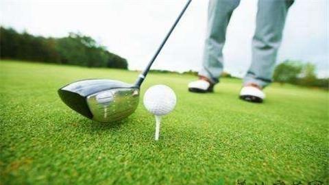 高尔夫的比赛规则