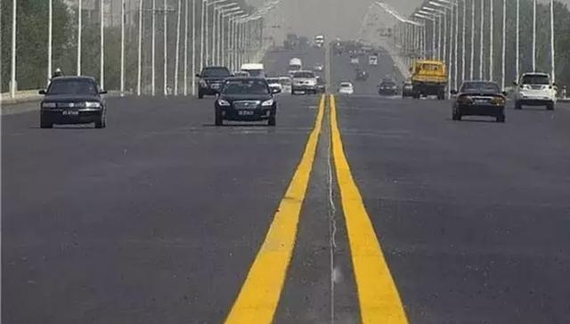 交通标线,双黄线,单黄线,白色实线,白色虚线