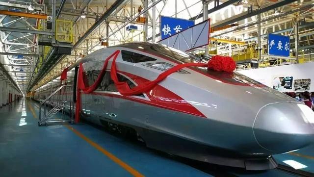 中国高铁令世界惊叹,外国网友:没有任何一个国家能够做到!