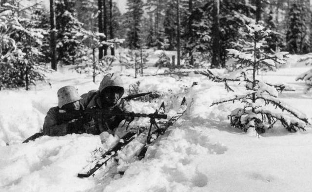 二战前强大的苏联,进攻小国芬兰,却为何损失惨重?