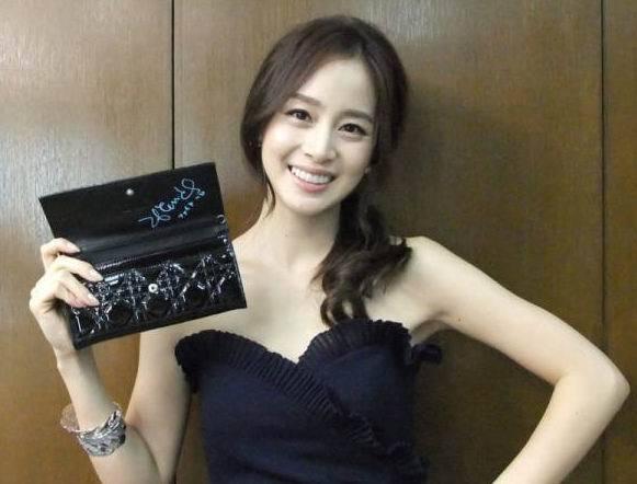 韩国最爱美女排行榜出炉,宋慧乔只能屈居第二,第一出人意料
