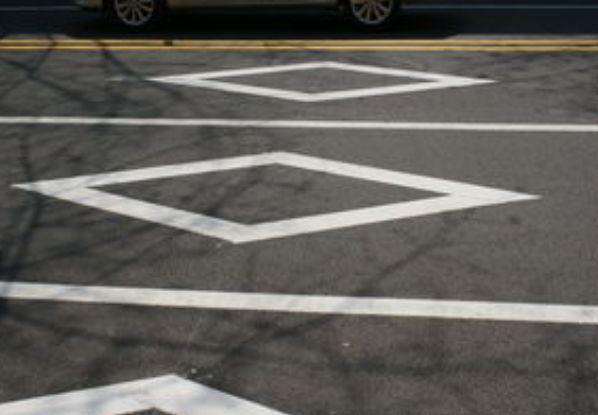 交通标线,交通标志牌,违章摄像头,超车,违章查询网,全国违章电子眼查询