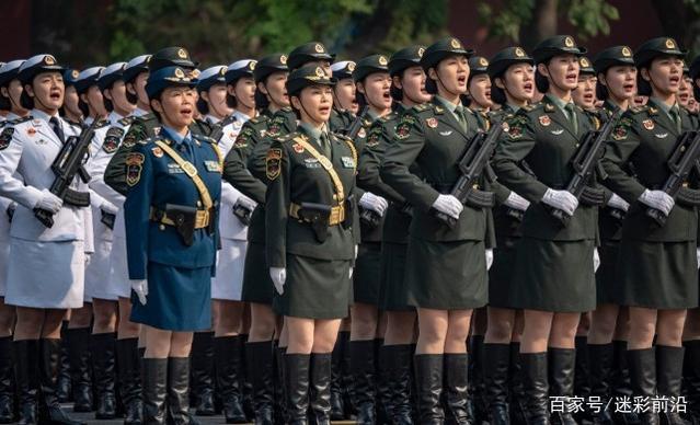 阅兵仪式上,女兵为什么必须穿丝袜?并不是为了好看
