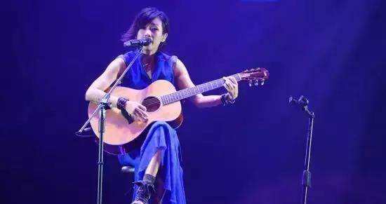 斗鱼音乐区迎来人气女歌手徐薇,天籁之音令人沉醉!