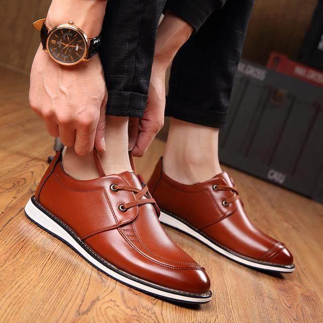 休閒鞋給人更加舒適的感覺,成功男人都必備的穿搭,盡顯時尚風格