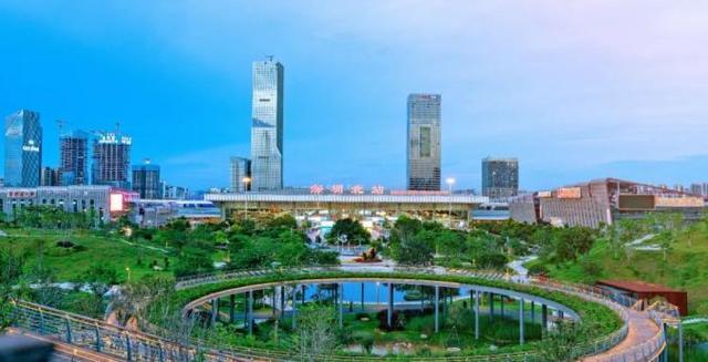 深圳北站:建議提前1.5~2小時到站乘車, 如錯過高鐵無餘票可改簽!