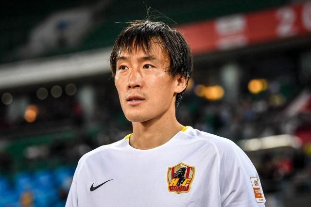 中国足球史上五大中后卫,范志毅排名第二,第一