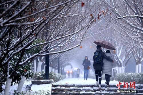 """今冬最强降雪迎来""""最强时段"""" 7省有大到暴雪"""