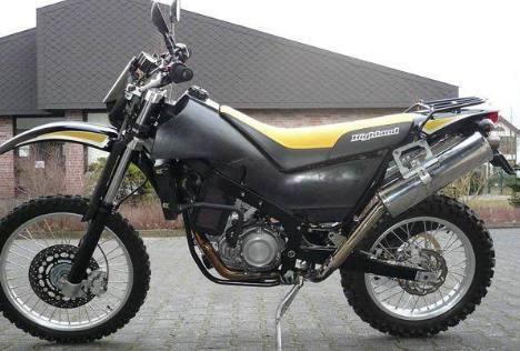 国产最暴力一款越野拉力摩托车,看完配置我真的服啦!