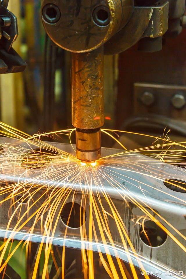 冷焊机与激光焊的区别,为什么选择冷焊机