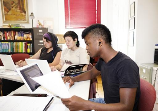 看美国初中生的上课学习时间,反思美国学生的