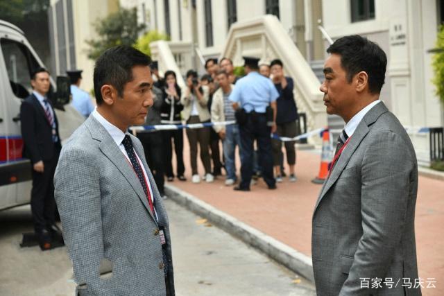 单日票房只剩三百万,春节最扑街,为何是刘青云的《廉政风云》