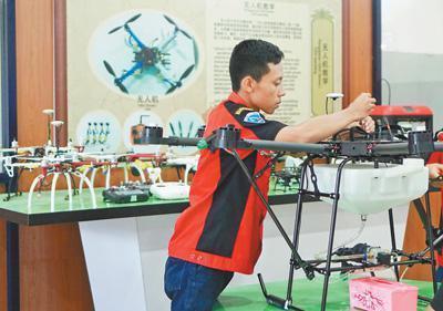 印尼職業技術學生談無人機課程:很珍惜這樣的學習機會