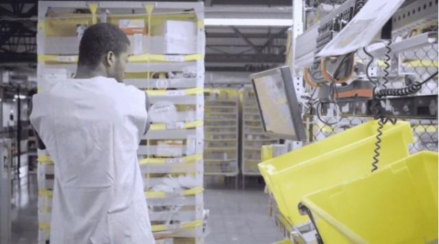 亚马逊和沃尔玛:大量使用机器人,为什么还说不会影响就业?