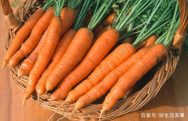 胡萝卜的储存方法,洗掉泥土放入